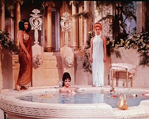 cleopatra-bath